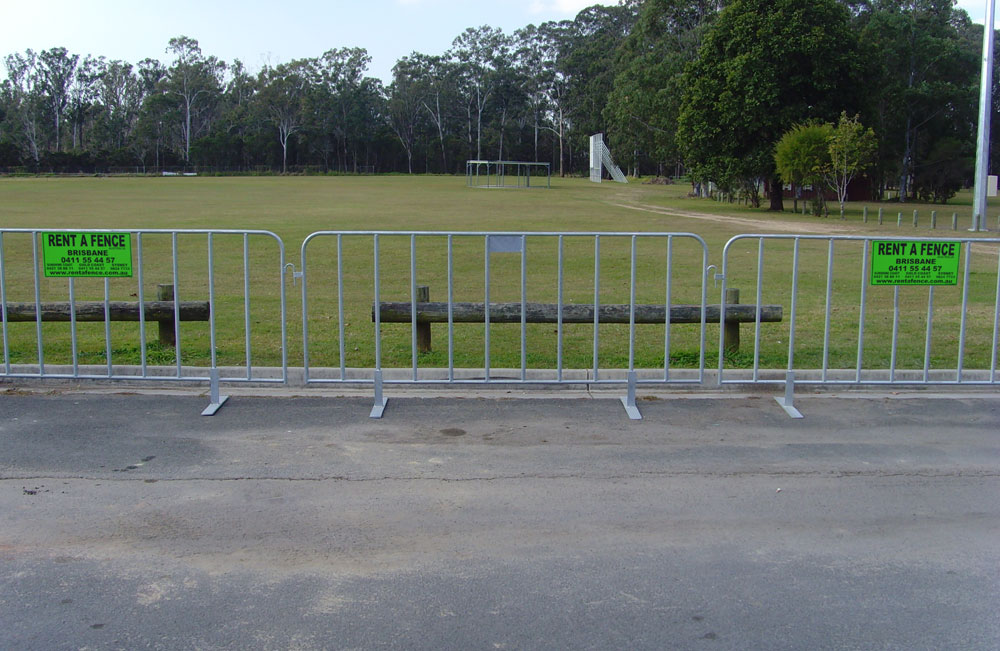 crowd control barrier, security fencing